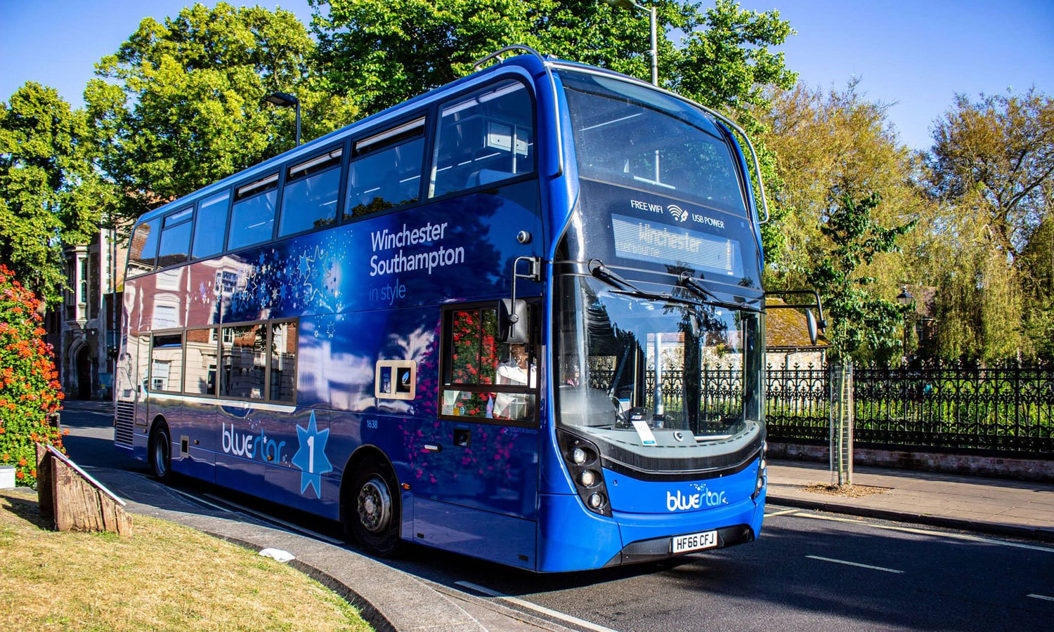 A New Uk Bus Traps Air Pollution As It Drives Yale E360