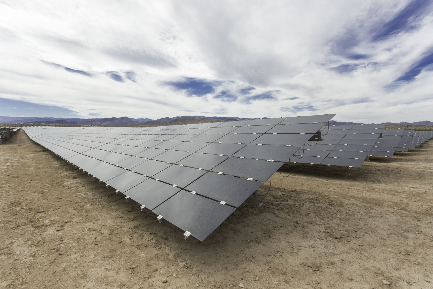 Cost Of U S Solar Drops 75 Percent In Six Years Ahead Of