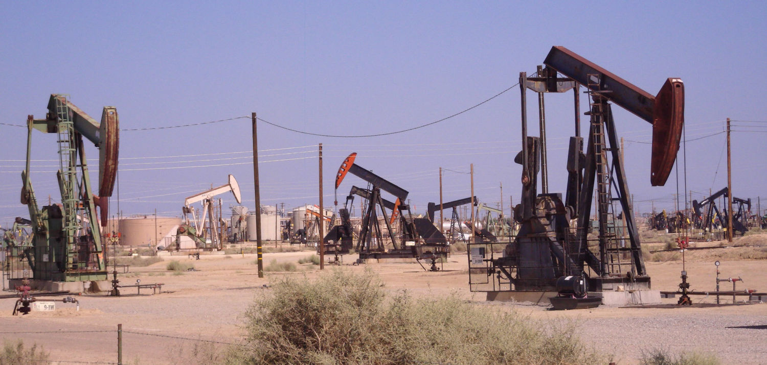 Why Does Green California Pump the Dirtiest Oil in the U S