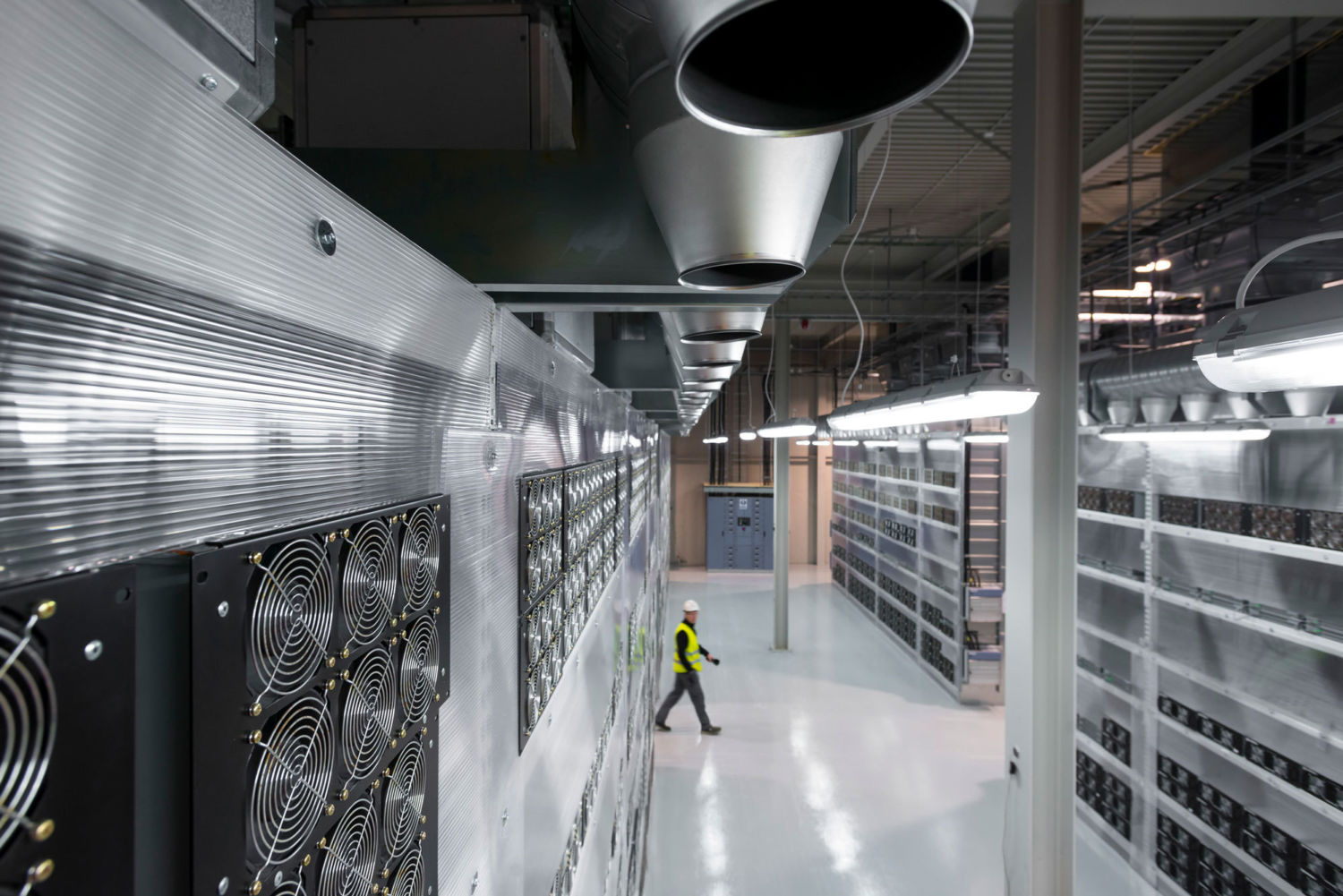 Energy Hogs: Can World's Huge Data Centers Be Made More