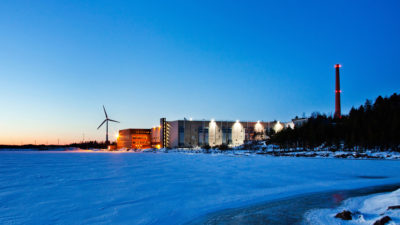 Google's data center in Hamina, Finland uses sea water from the Bay of Finland to cool its buildings, reducing energy use.